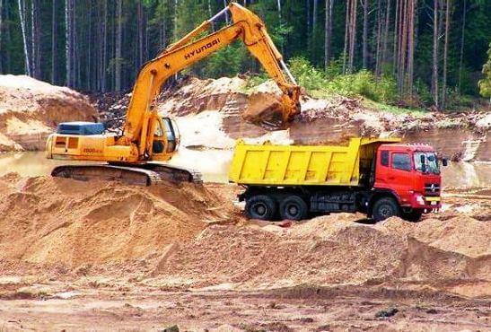 розкрадають пісок, торф і ліс